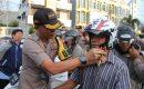 HUT Bhayangkara ke 73,Polresta Bagikan Helem Geratis ke Masyarakat