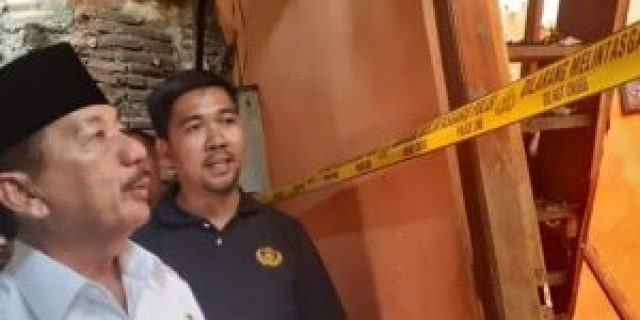 Herman HN Datangi Lokasi Kebakaran di Panjang