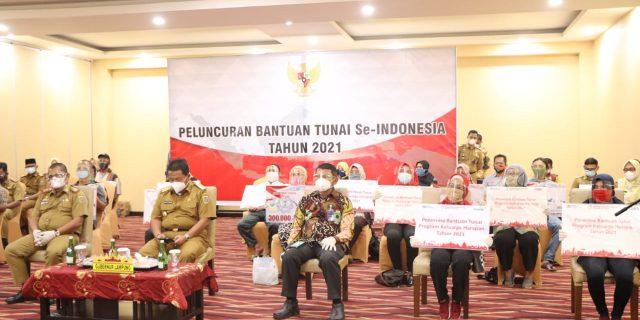 Gubernur Arinal Salurkan Bantuan Sosial, BLT, BST, dan PKH Tahun 2021