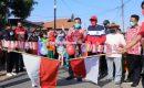 Peringatan HUT RI Ke-75 di Desa Wayhuwi, Nanang Lepas Peserta Jalan Sehat dan Bagikan Dorprize