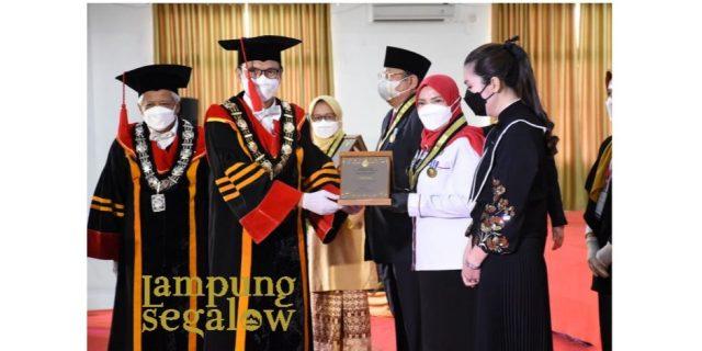 Walikota Terima Penghargaan Adi Karsa Madya