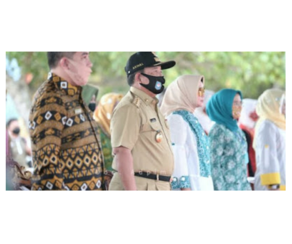 Gubernur dan Ketua TP PKK Provinsi Lampung Gelar Bakti Sosial