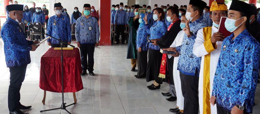 Nanang Angkat 346 Orang CPNS Menjadi PNS