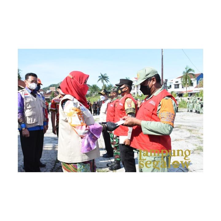 Walikota Eva Dwiana Beri Pengarahan Tim Satgas Covid Tingkat Kecamatan/Kelurahan