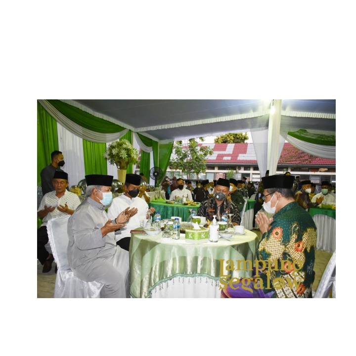 Jalin Silaturahmi, Danrem 043/Gatam Hadiri Acara Buka Bersama Keluarga Besar Nadahtul Ulama Provinsi Lampung