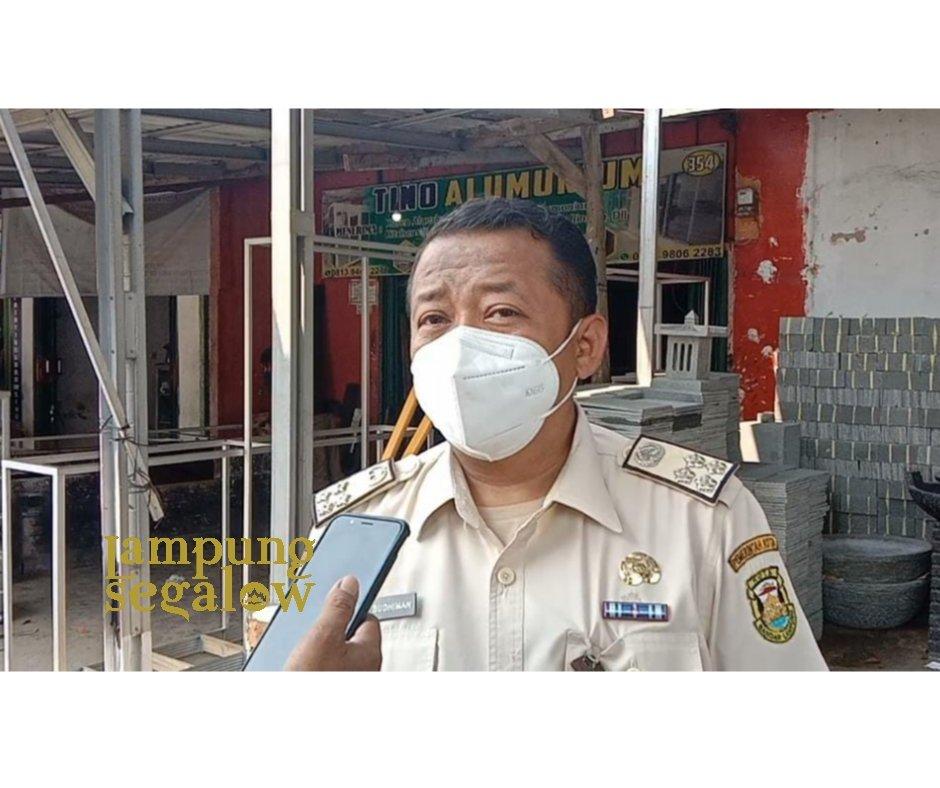 BPPRD Bandarlampung Pasang Stiker Bagi Penunggak Pajak