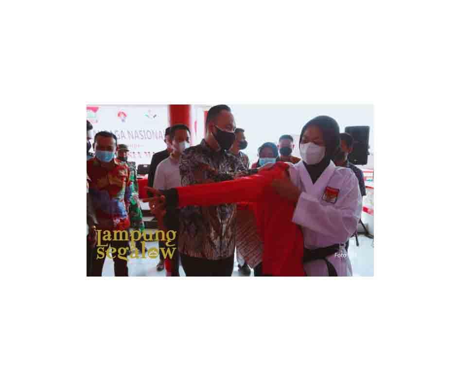 Lepas Atlet Asal Lamsel Ikuti PON Ke XX di Papua, Wabup Pandu Optimis Lamsel Raih Mendali