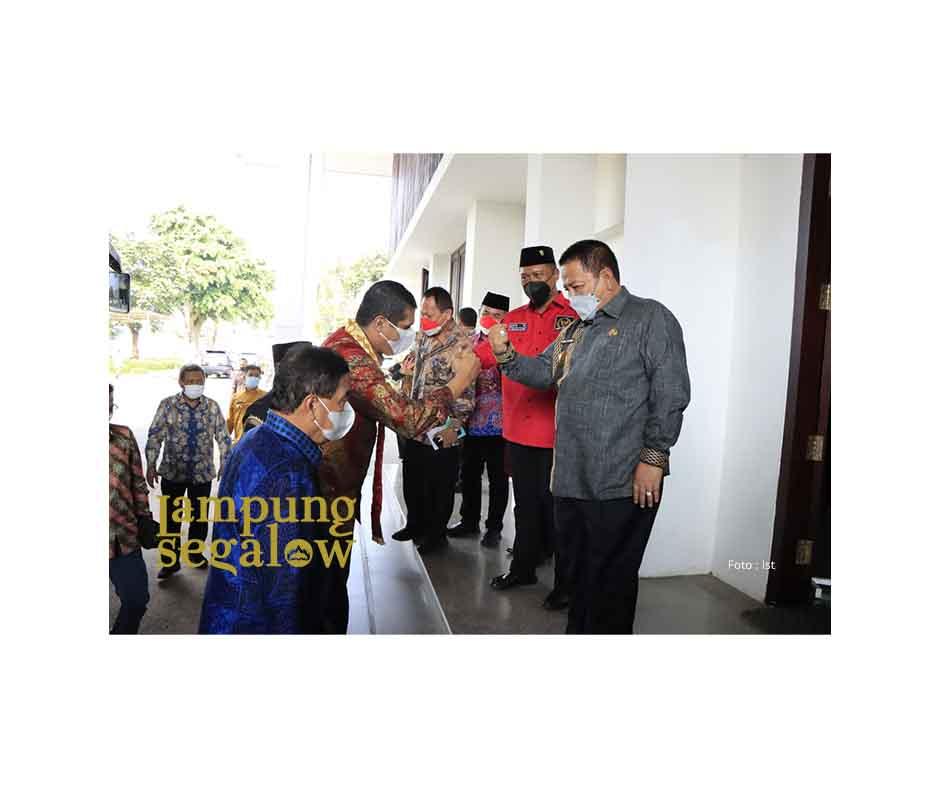 Terima Kunjungan Komisi VIII DPR RI, Gubernur Arinal Siap Laksanakan Pembelajaran Tatap Muka